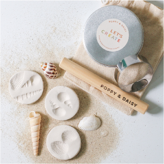 Clay fossils party bags